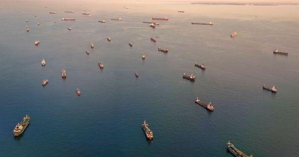 Thị trường cho thuê tàu container tăng mạnh nhất trong 12 năm qua và vẫn chưa dừng lại